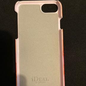 Ideal og sweden cover til iPhone 7, brugt nogle gange