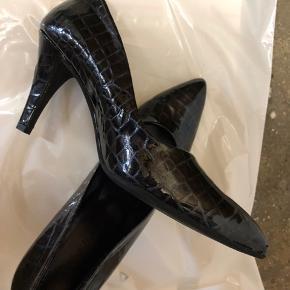 Smuk sko , nypris 1200 kr