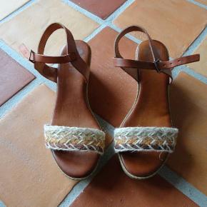 Mærket er Porronet - lækre spanske sko