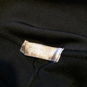 Super fede leggings, som er brugt men ikke slidt overhovedet :-)
