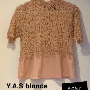 Y.A.S top