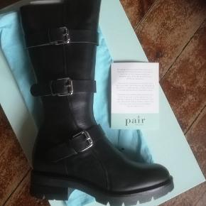 Helt ny støvle fra apair købt til 3299 kr