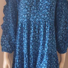 Boii studio kjolen str.xs svarende til str.S-M