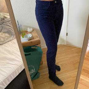 Flotte bukser fra pieces