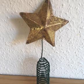 Juletræ stjerne-fast pris -køb 4 annoncer og den billigste er gratis - kan afhentes på Mimersgade 111 - sender gerne hvis du betaler Porto - mødes ikke andre steder - bytter ikke