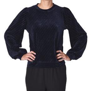 Brugt 2-3 gange - ser ud som ny :) Hawley sweater