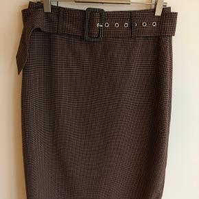 YAS nederdel sælges  Sælger også blazeren på billedet