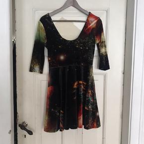 Evil twin velour kjole, str. S. Brugt 2 gange