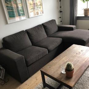 Sofa fra ILVA sælges. Chaiselong kan placeres i begge sider.
