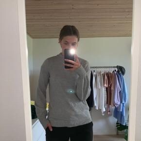 2 mega bløde sweaters, får dsv bare ikke brugt nok 200kr for begge 2 BYD Køber betaler fragt