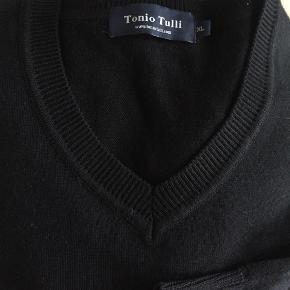 Tonio Tulli  strik - super kvalitet