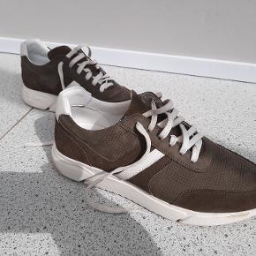 Herresko, Odin, str. 44, Grå, Skind og læder, Næsten som ny Helt nye sko kun brugt få gange. Fejl køb, er for små til mig, bruger 44,5. Ny pris 950 kr. Sælges for 299 kr.