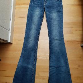 Moca Clothing jeans