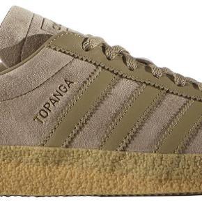 Varetype: mand sko Farve: Beige  Den fede klassiker fra Adidas, model Topanga i farven Hemp. De to første billeder er modelbilleder  Mp 450