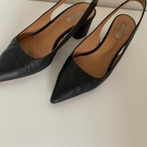 Arket heels