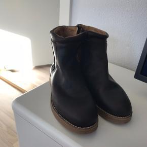 Et Al design støvler. Str 42. Ikke brugt. Købt i butler for 1600kr