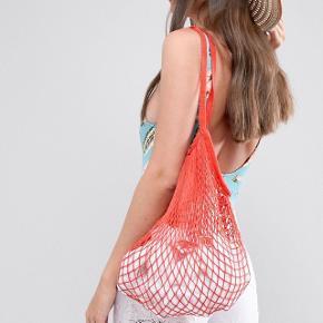 Taske købt på ASOS Np 130 Fra mærket 7x Fin stand