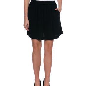 Samsøe samsøe sort nederdel lommer er flosset indenvendig ses ik ved brug Objekt sort og hvid nederdel