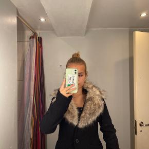 Soaked in Luxury jakke