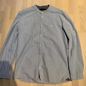 Suit skjorte