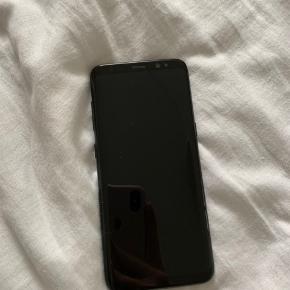 Samsung Galaxy s8 64 gb Fejler intet. Kasse medfølger, uden oplader.