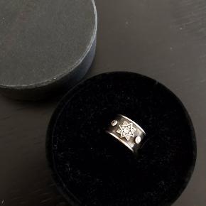 Super smuk ring. Str 53