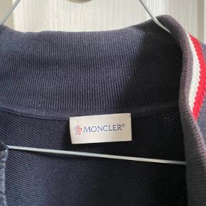 Moncler cardigan  Str small  Mp 2500 Bin 3000