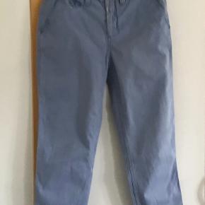 Skønne bukser str 27. Livv. 76 cm. Skridtlængden 62 cm. Bomuld, elasthane.