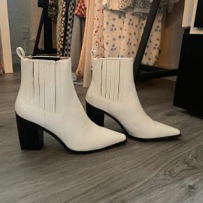 Na-kd andre sko & støvler