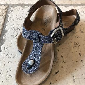 Super fine og sprit nye sandaler fra dette års sommer kollektion