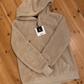 Helt ny teddy hoodie