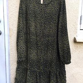 Limegrøn leopard!