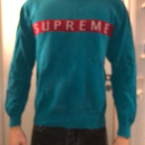 Supreme bluse