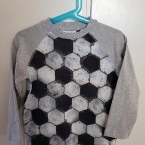 ❌ NY ❌ Molo bluse str 104. Aldrig brugt, vasket eller prøvet på.