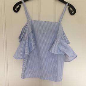 Stribet off shoulder top fra Zara