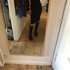 Unique21 kjole