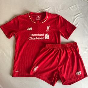 Fodboldtøj: Super sejt Liverpool-sæt i lækker kvalitet⚽️ Ingen tegn på brug