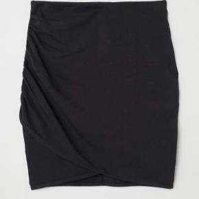 H&m Draped nederdel med elastik i livet Brugt en gang  Str xs, passer xs og s