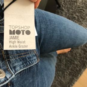 Helt nye jeans fra Topshop. Str 26/32