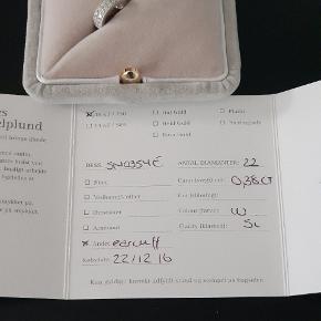 Smukkeste ear cuff i hvidguld  ny pris 14000 kom med et seriøst bud 💎 fra christine hvelpelund