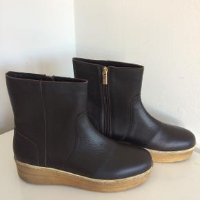 Flotteste støvler med pels foer / hæl ca. 4 cm bagtil og 2 cm fortil / #blackfriday