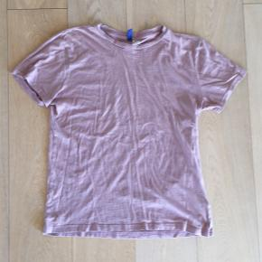 H&M t-shirtStr. M (nok mere en rigtig small)
