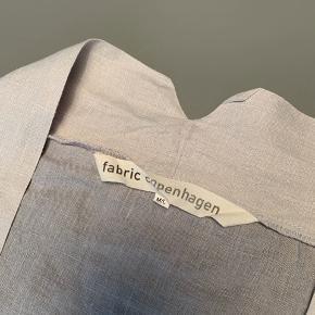 Kimono fra Fabric Copenhagen / materiale: linned / købspris 1.400kr