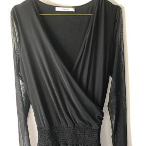 Fineste kjole fra Gestuz, der er ked af at hænge i skabet 😉