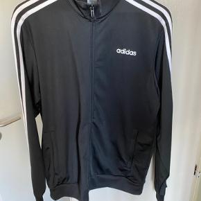 Adidas track, fejler intet