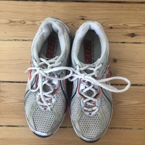 New Balance sko & støvler