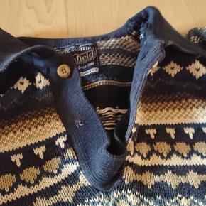Retro sweater i bomuld . Mangler en knap . Har været brugt oversize . 😊