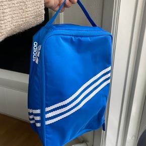 Adidas taske til sko