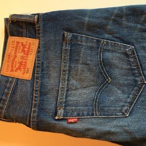 Levi's jeans i str. 33/34