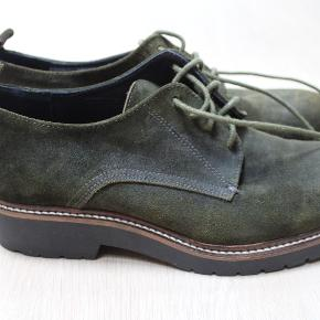 BlueonBlue sko i Ruskind.